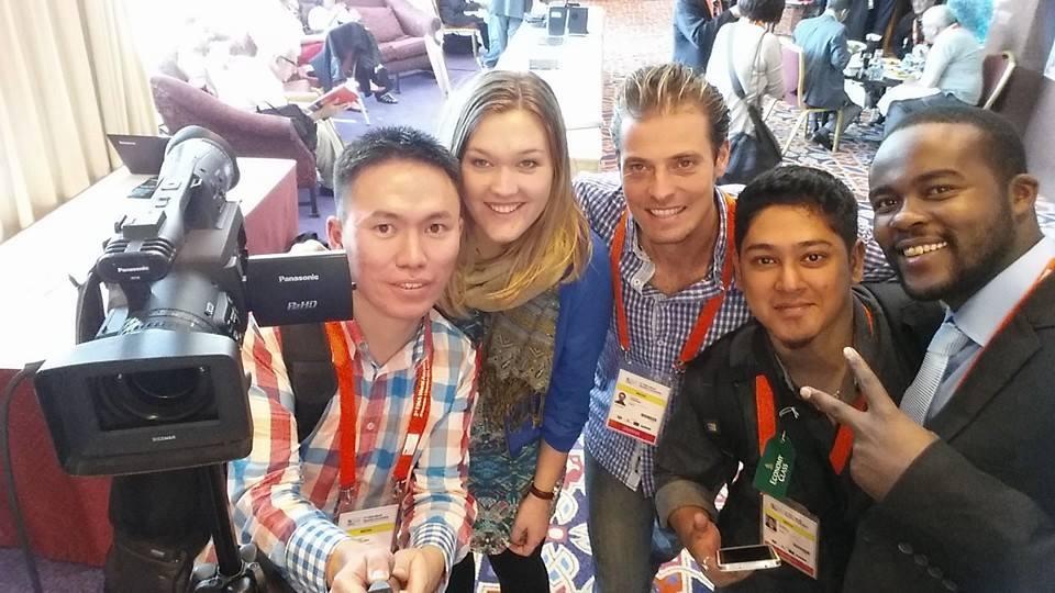 Emelie Fredriksson, Sportbladet, deltog i AIPS Young Reporters Program under sim-VM i Doha 2014.